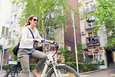 hvor langt kan en elcykel køre
